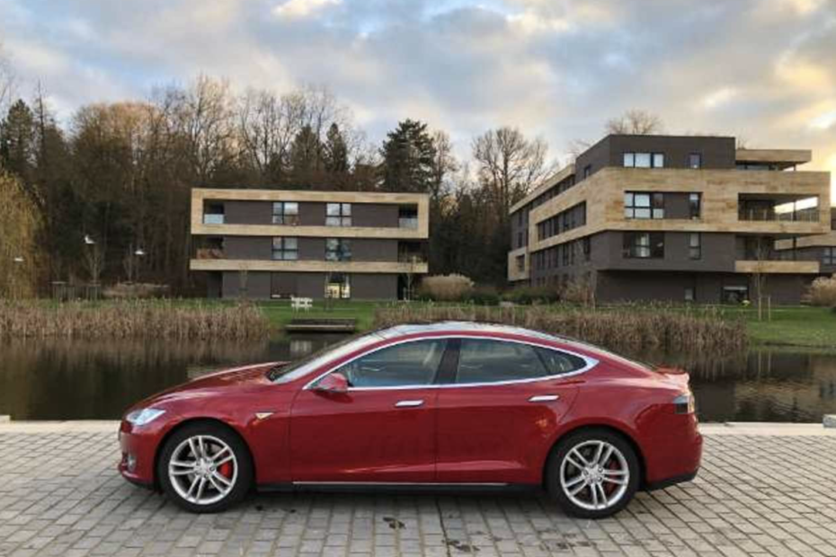Tesla Model S (Rare) P85+ Performance Plus (Free Supercharging)